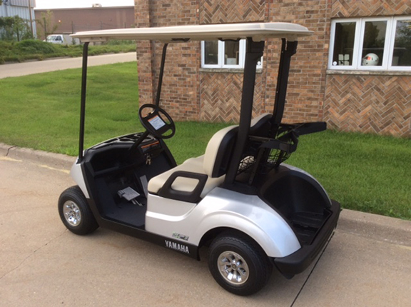 Moonstone Drive 2-Harris Golf Cars-Iowa, Illinois, Wisconsin, Nebraska